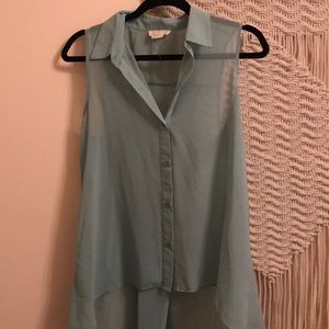 Tops - A blue tank top blouse